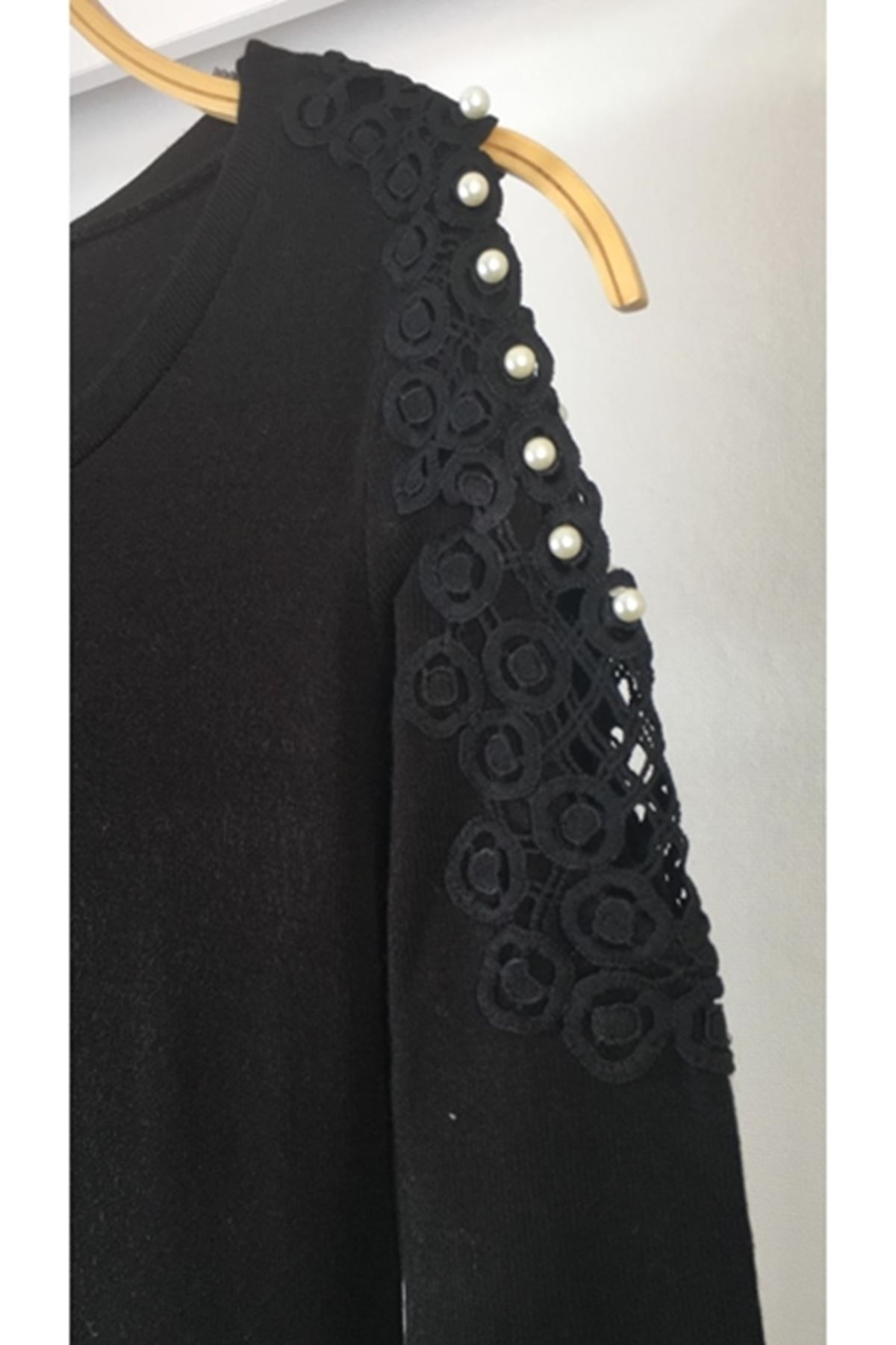 Omuz dekolteli inci detaylı akrelik elbise ES129 SİYAH