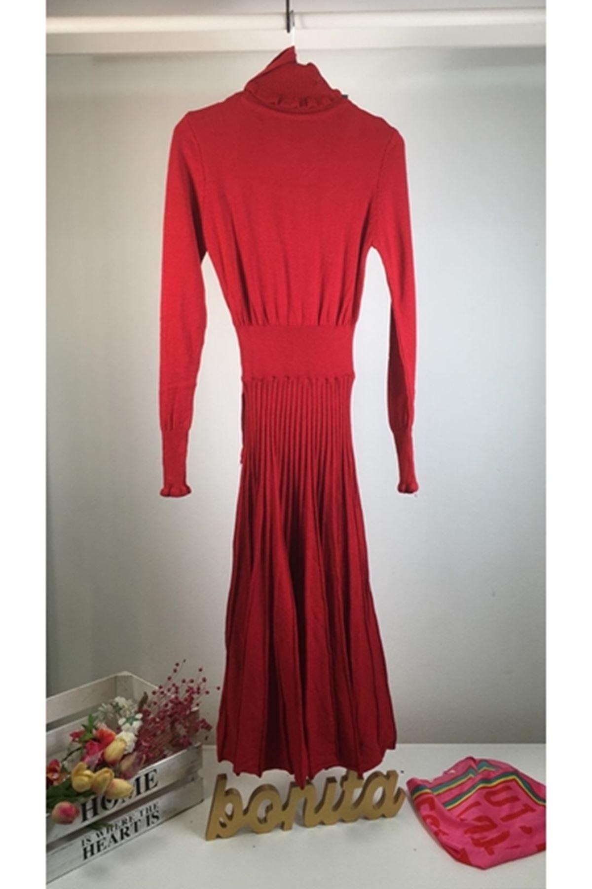 Boğazlı etek pilise elbise KIRMIZI