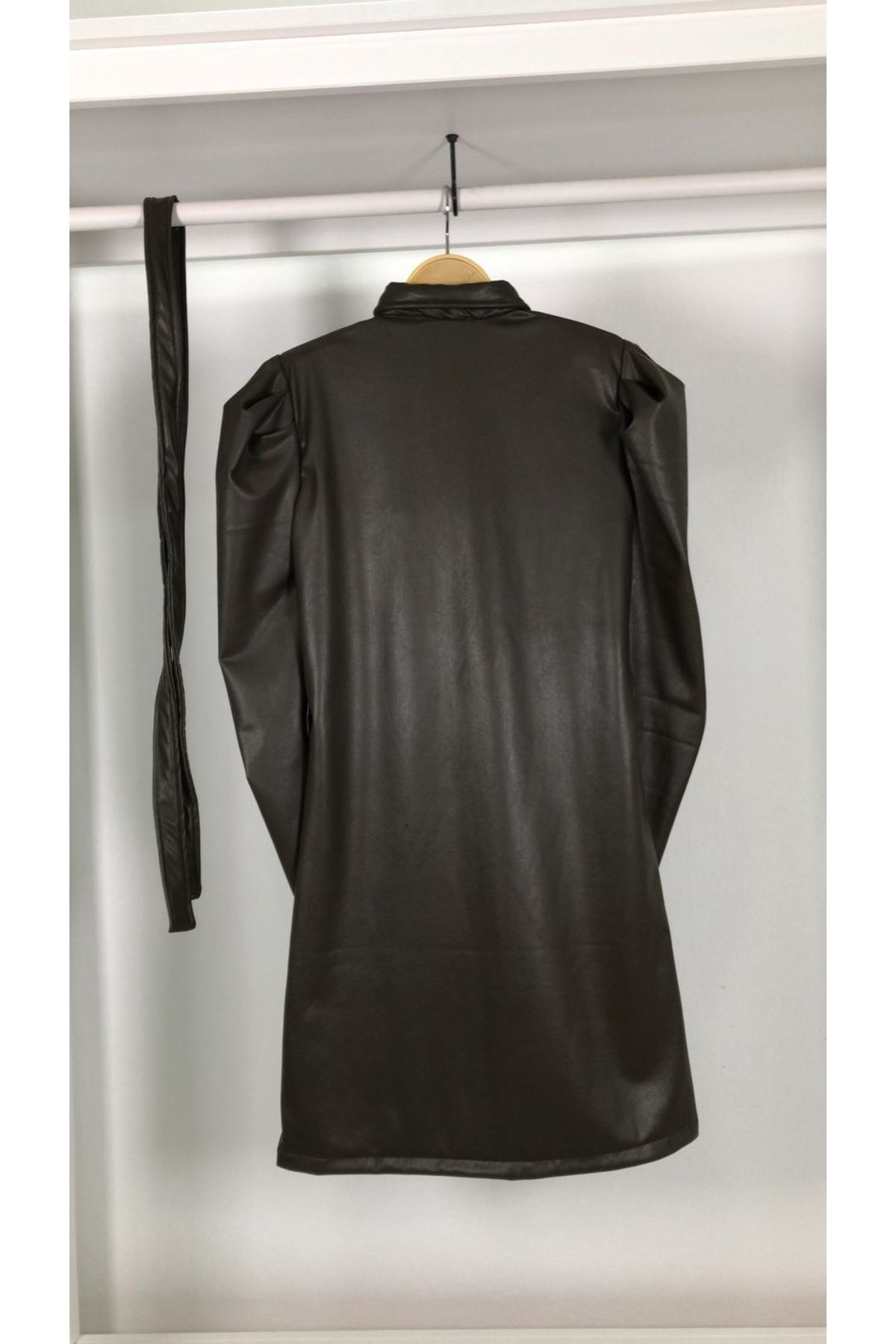 Kol Detaylı Jardonlu Deri Elbise S829 HAKİ