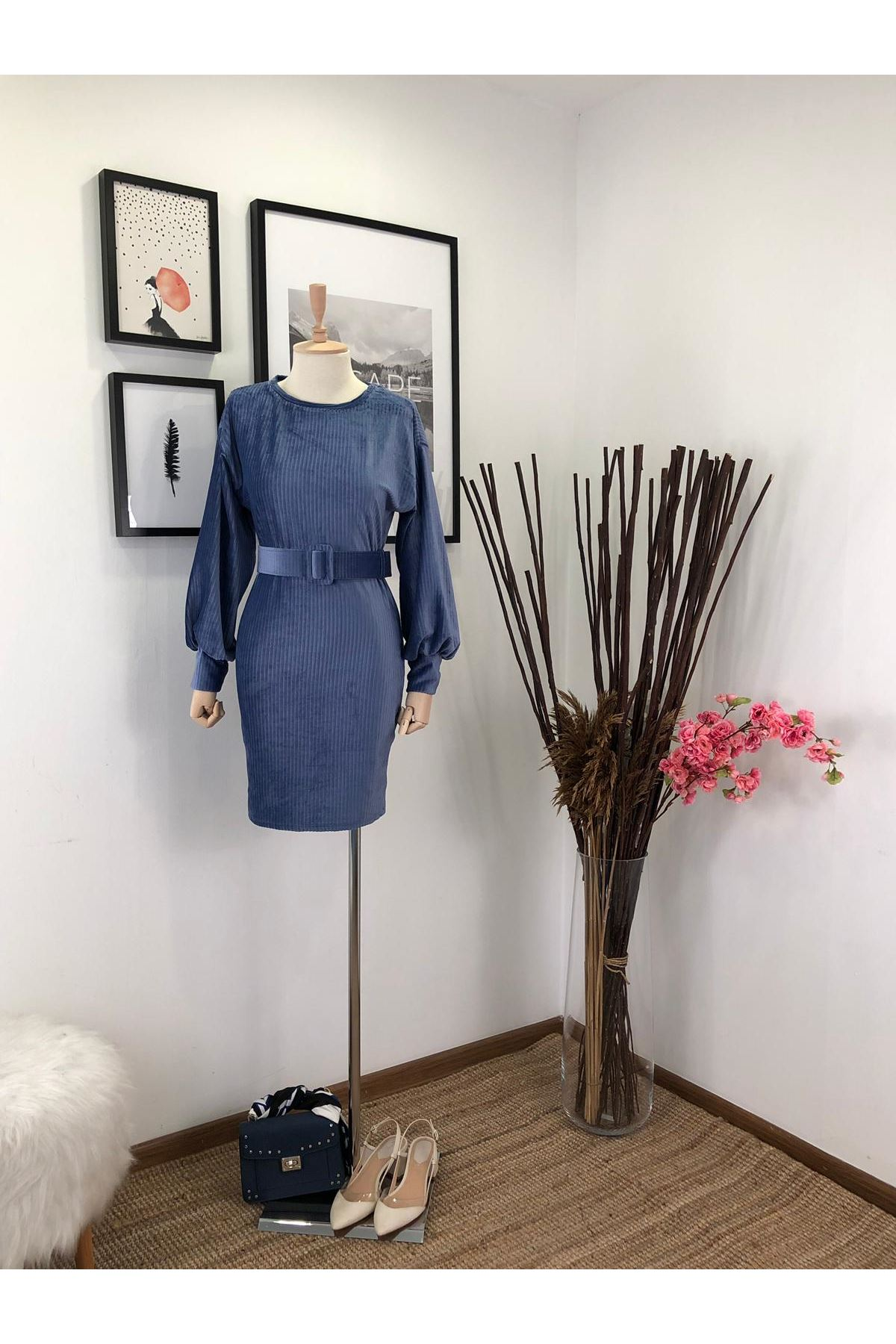 İthal Kadife Kemerli Elbise M17 MAVİ