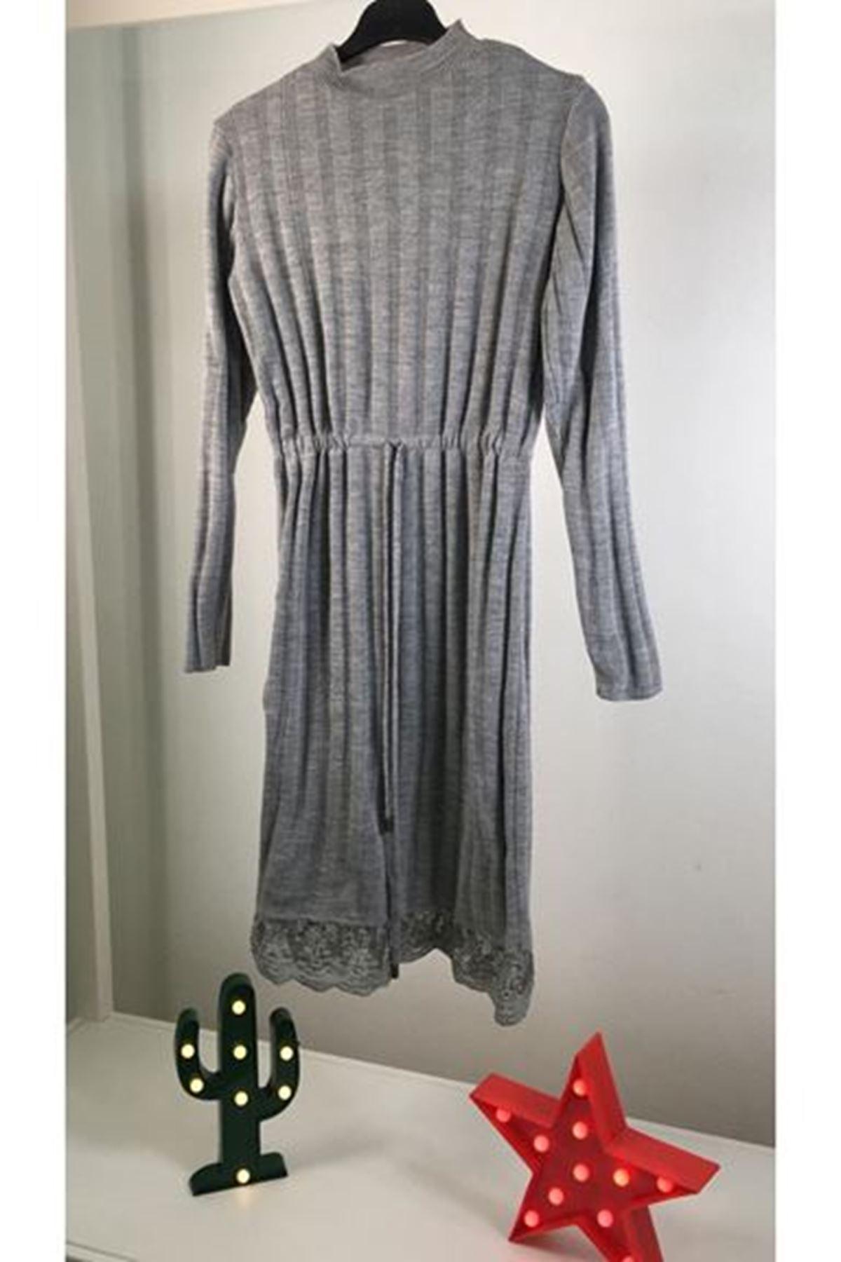 Eteği Dantelli Bağcıklı Elbise K48 GRİ