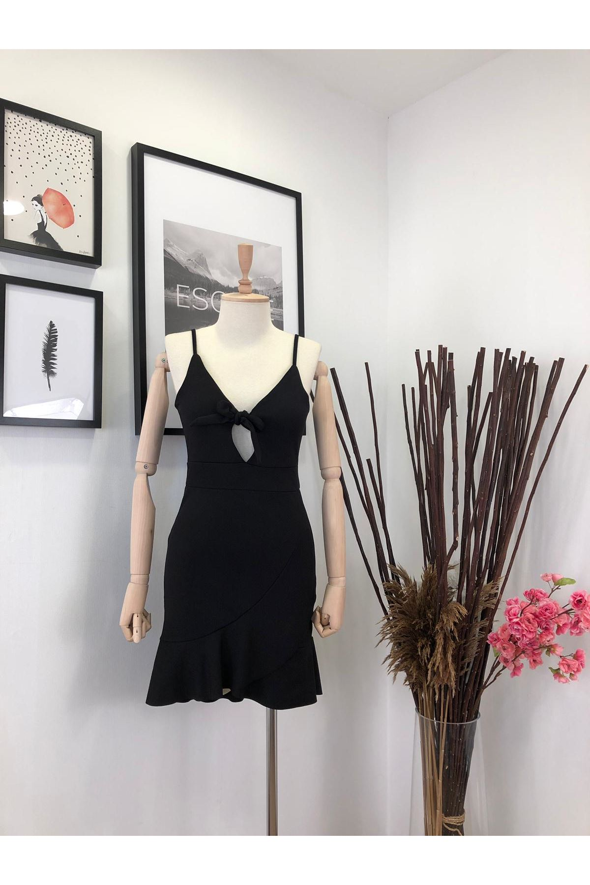 Fırfır tasarım krep elbise SİYAH