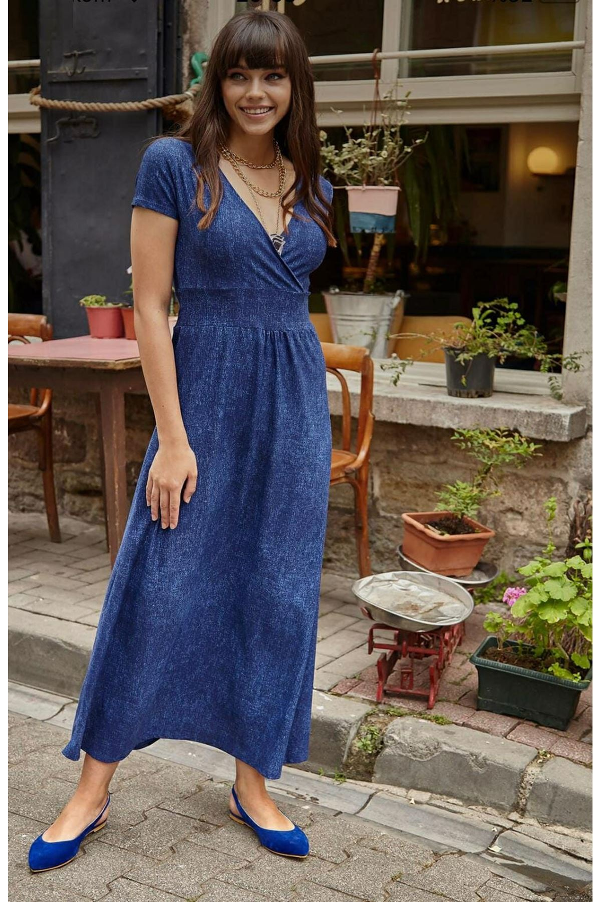 Kruvaze Yaka Gipeli Maxi Elbise - Mavi