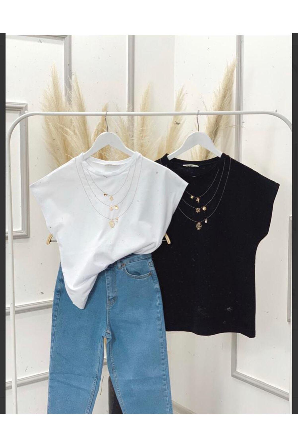 Kolyeli Basic Tshirt - Siyah