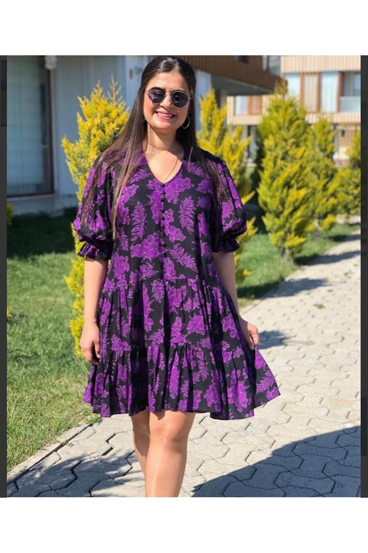 Yaprak Desen Volanlı Elbise