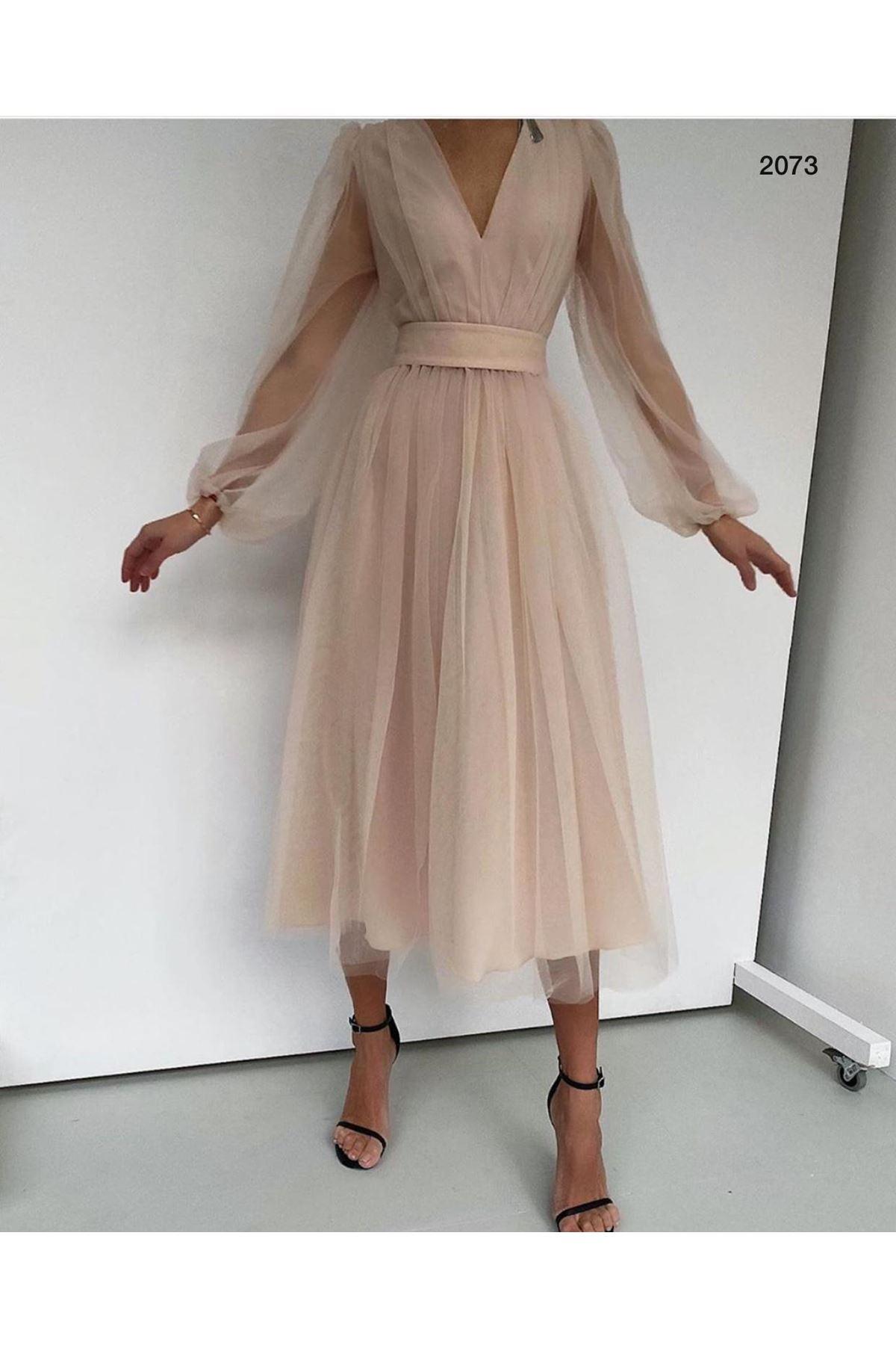 V Yaka Organze Tasarım Elbise - BEJ