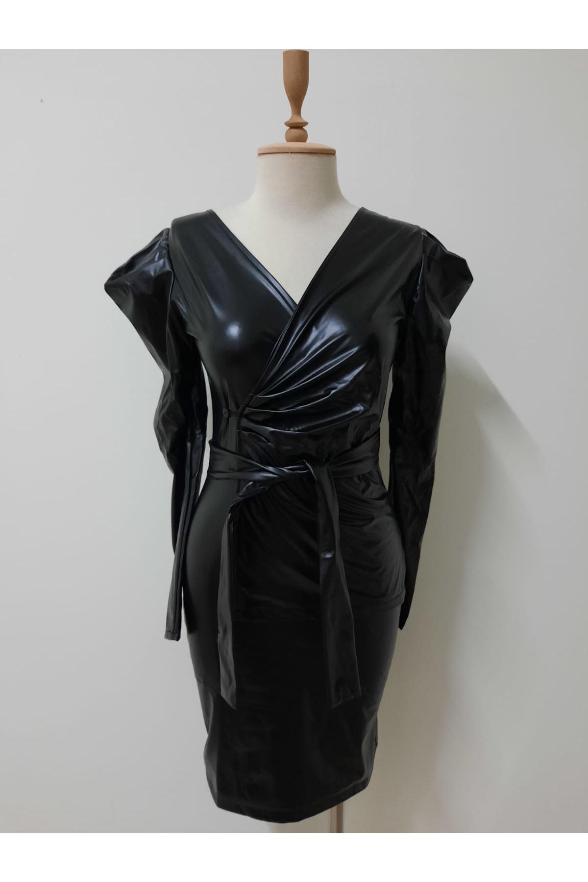 Kravuze Yaka Mini Elbise - SİYAH