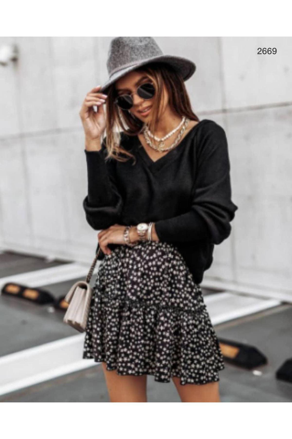 Sırt Büzgü Model Bluz - siyah