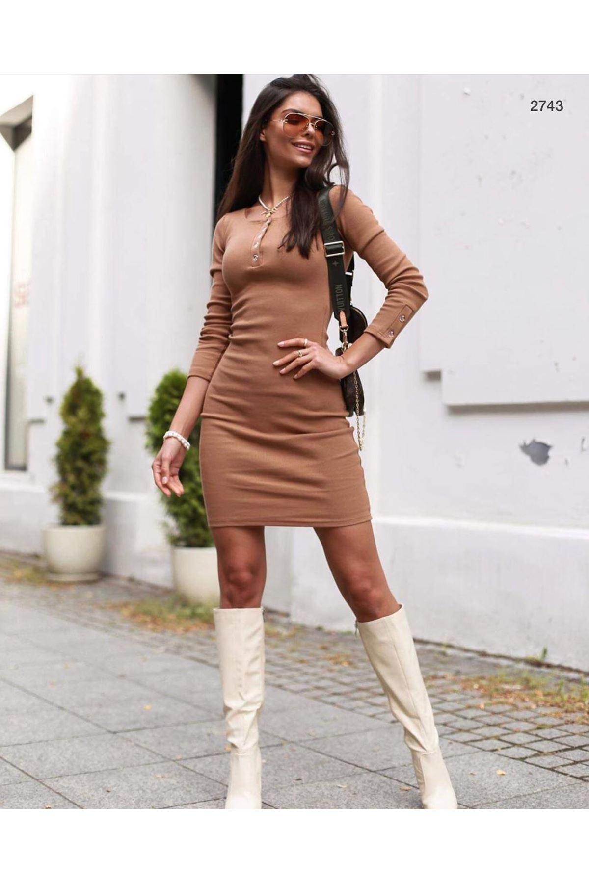 Yaka Düğmeli Kaşkorse Elbise - VİZON