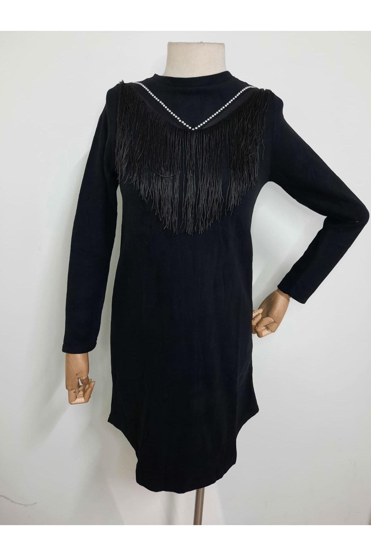 Püskül Detaylı Elbise - SİYAH