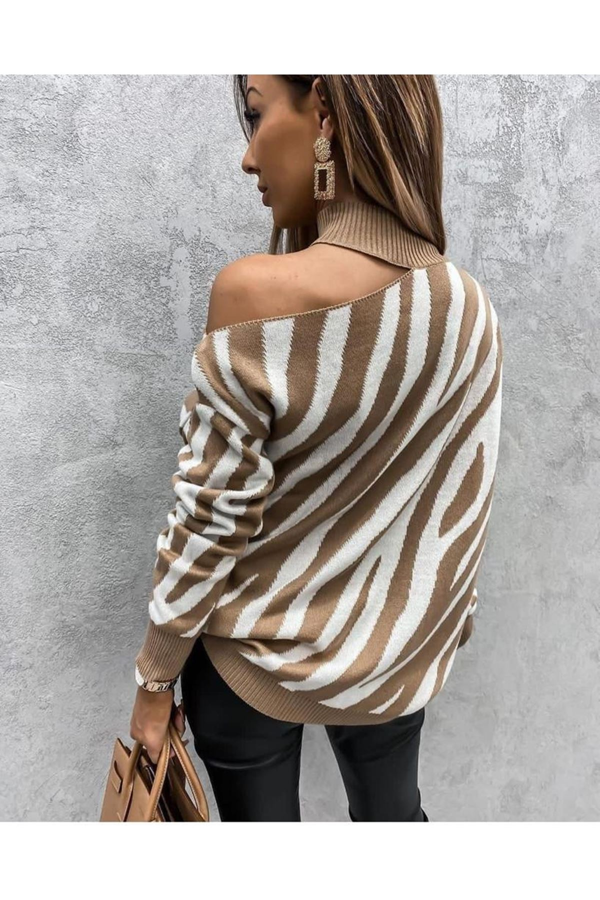 Zebra Desen Tek Omuz Bluz - beyaz