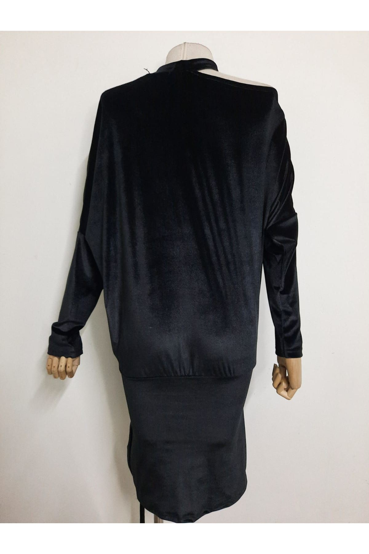 YL Nakış Detaylı Büzgülü Mini Elbise - SİYAH