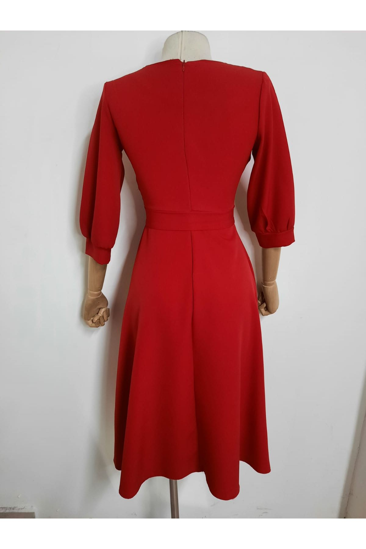 Balon Kol Kravuze Elbise - Kırmızı