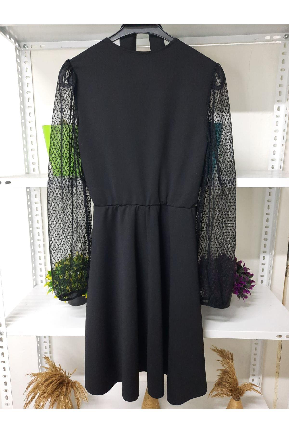Kol Puanlı Elbise - SİYAH