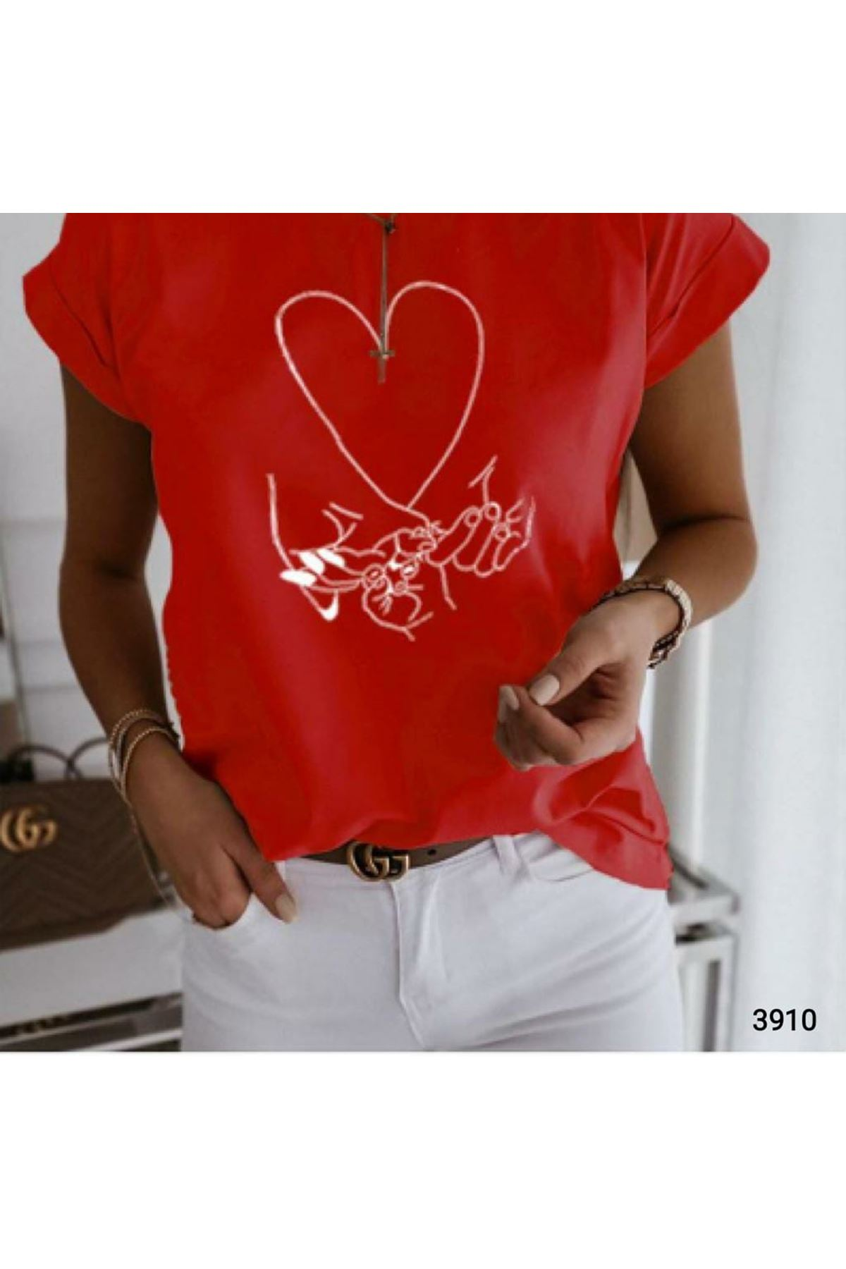 Kalp Baskılı T-shirt  - kırmızı