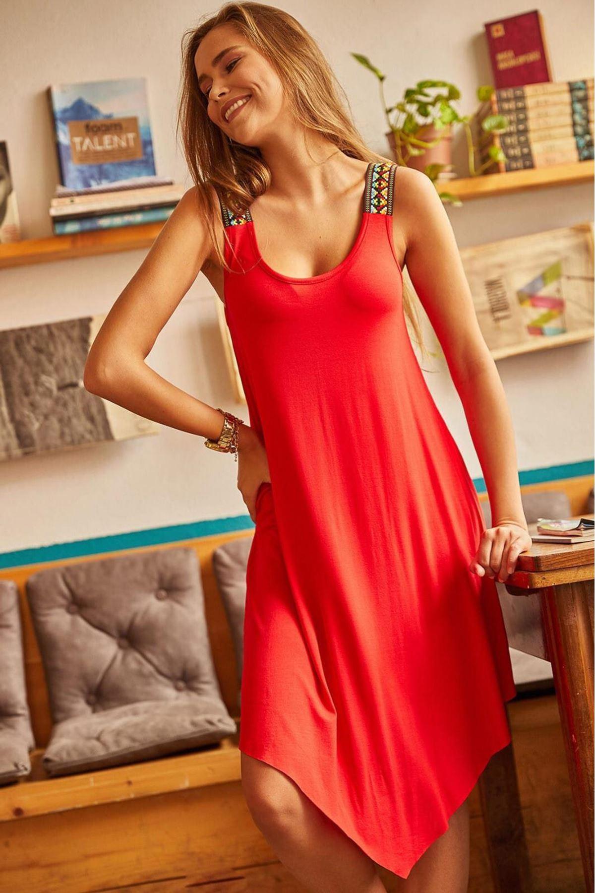 Omuz Detaylı Viskon Elbise - kırmızı