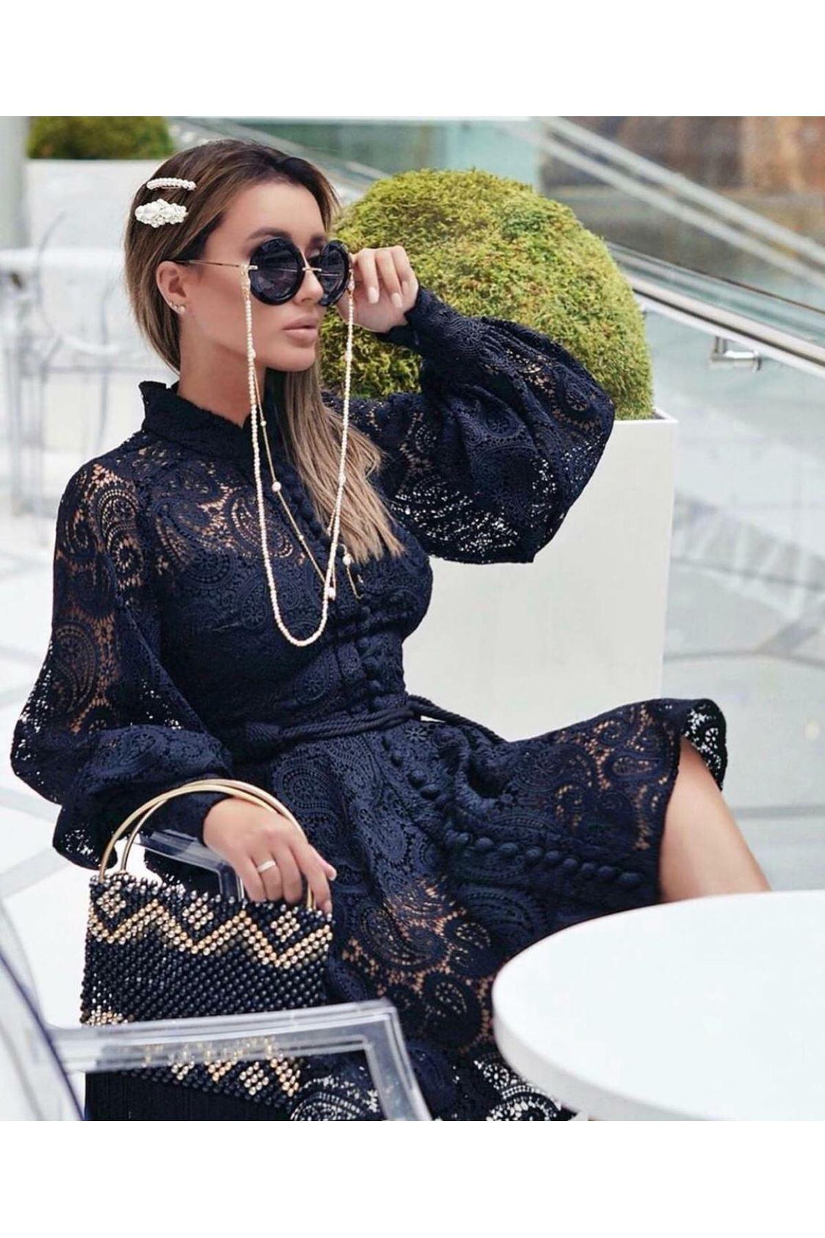 Düğmeli Balon Kol Güpür Elbise - siyah