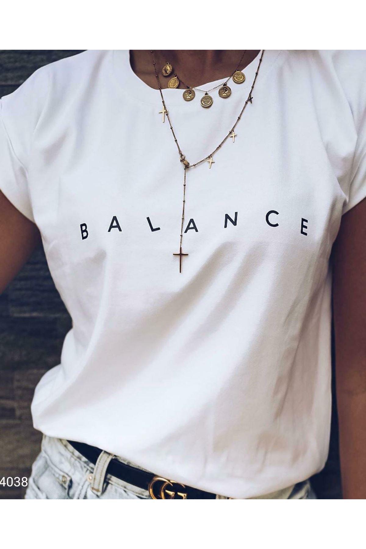 Balance Yazılı T-shirt  - beyaz