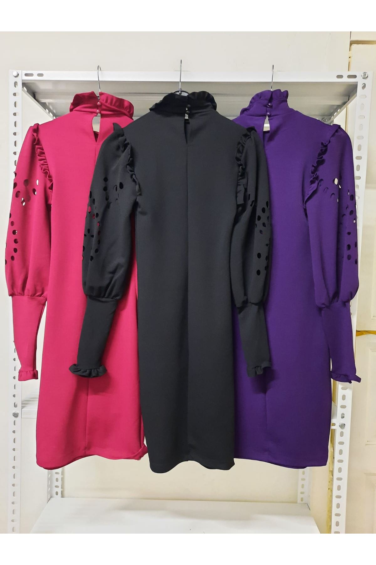 Kol Detaylı Krep Elbise - siyah
