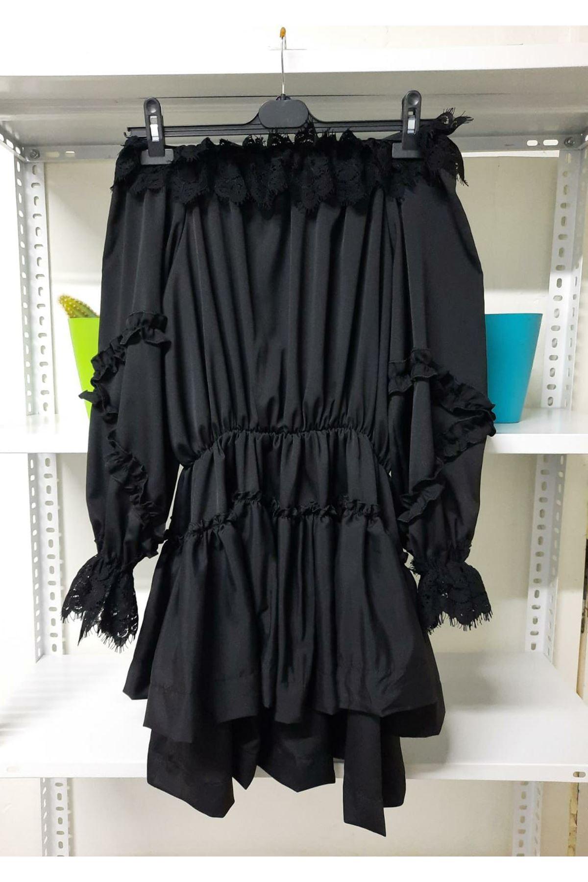 Madonna Yaka Dantel Detay Elbise - siyah