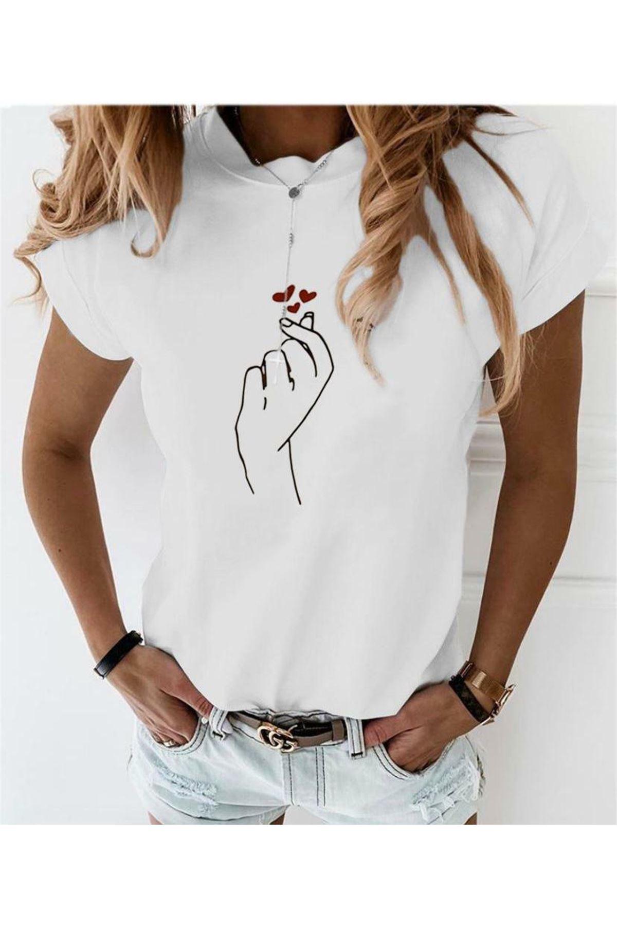 El Baskılı Ve Kalp Baskılı Tshirt - BEYAZ
