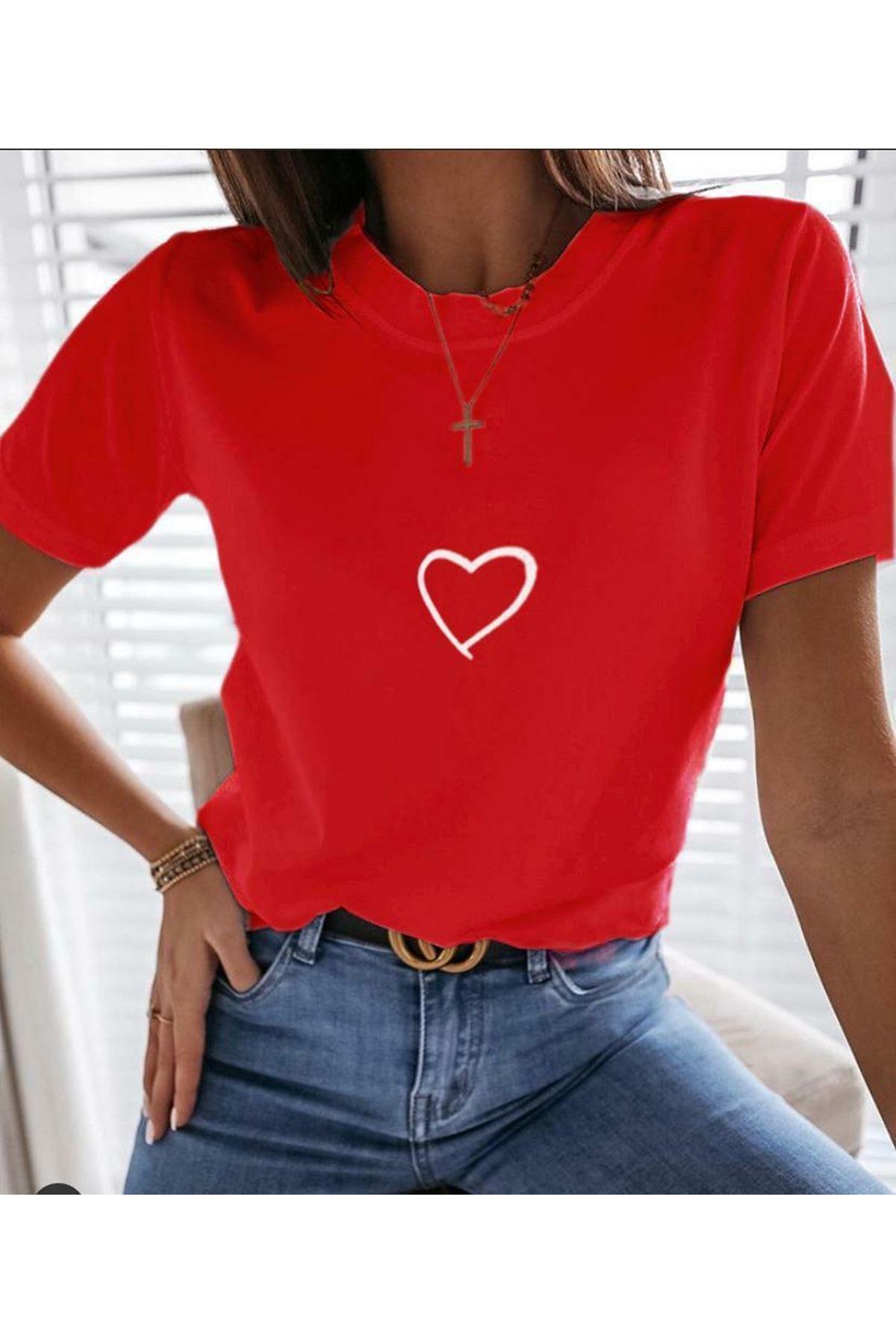 Kalp Baskılı T-shirt - KIRMIZI