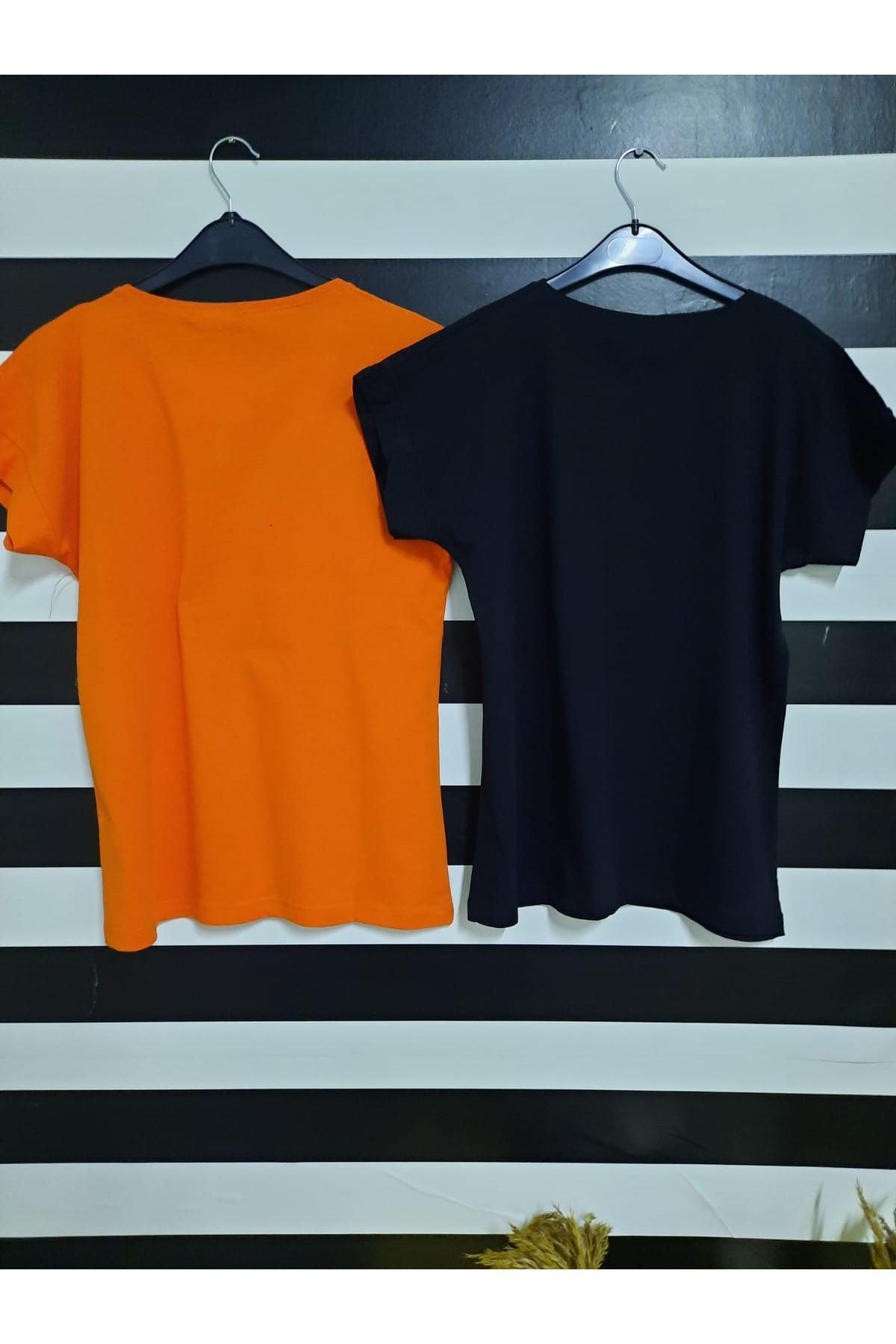 Dudak Ve Yazı Baskılı Tshirt - SİYAH