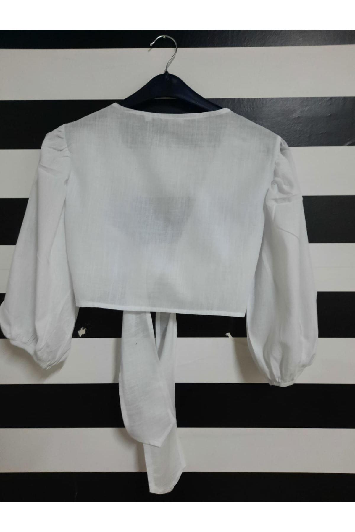 Fiyonk Detaylı Bluz - BEYAZ