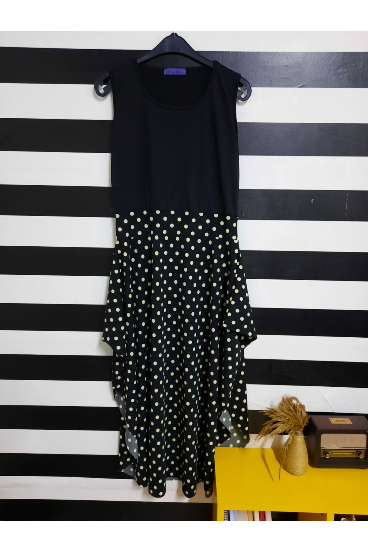 Kısa Kol Etek Desenli Elbise - PUAN