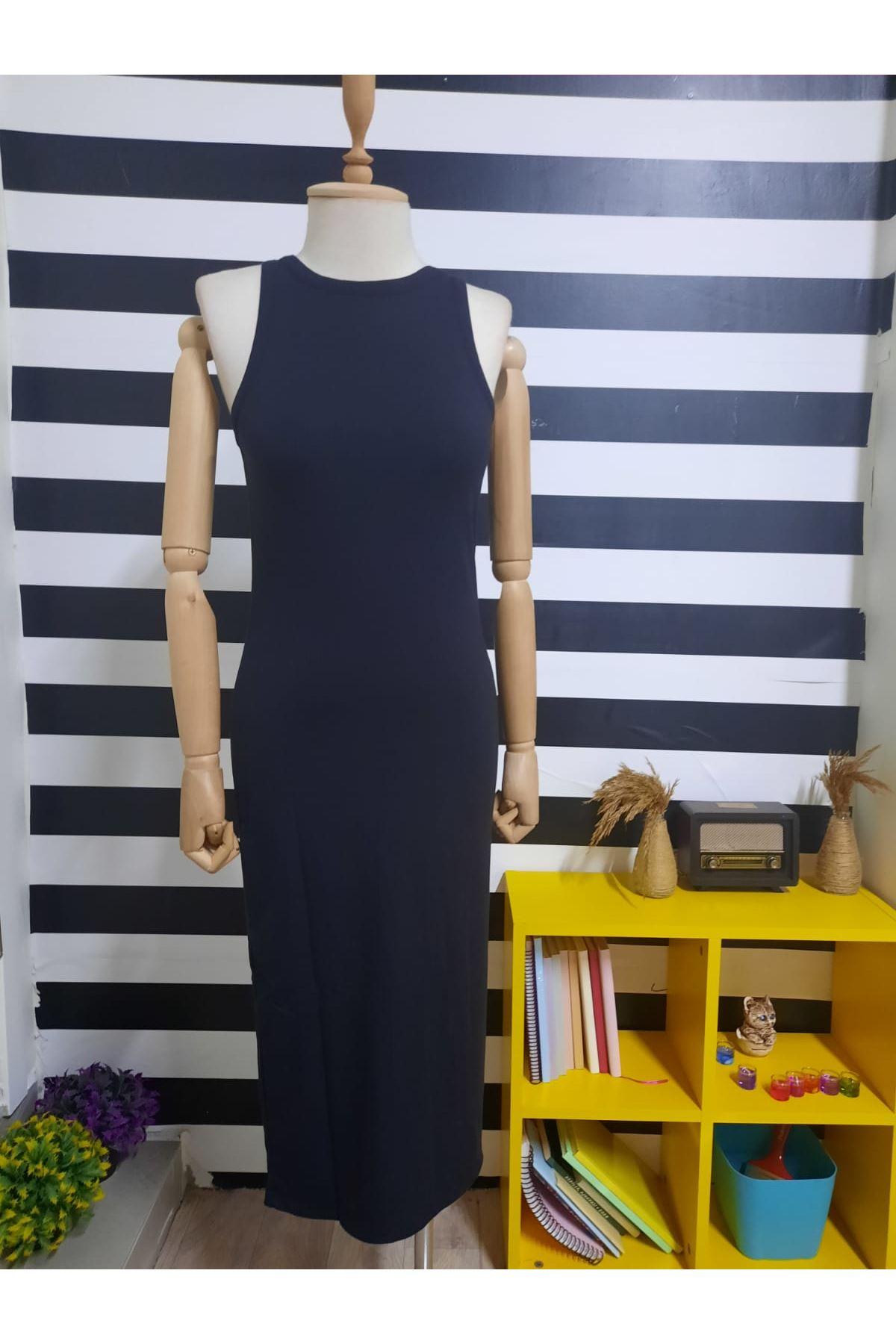 Halter Yaka Penye Elbise - SİYAH