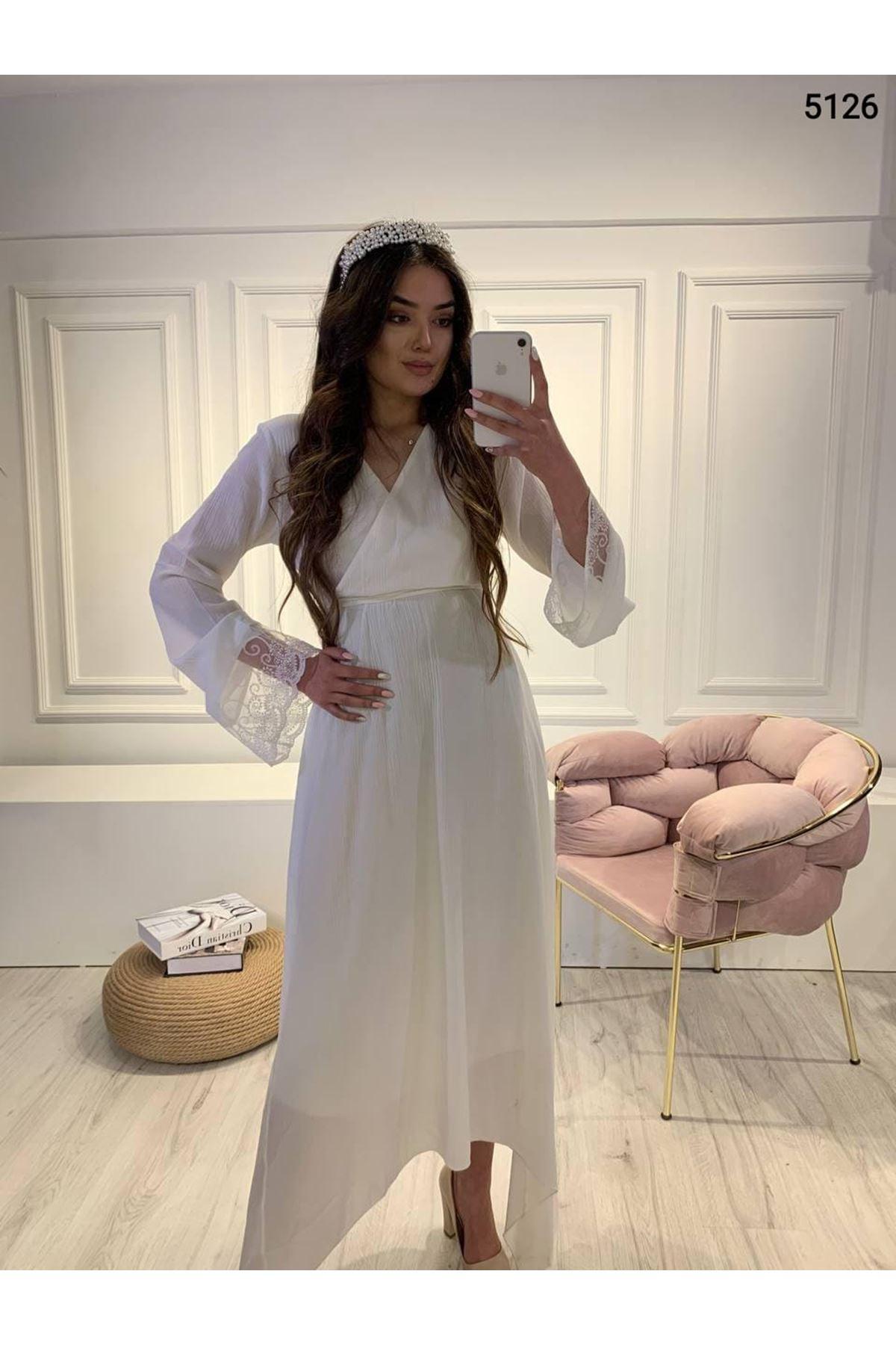 Asimetrik Tül Detaylı Elbise - BEYAZ